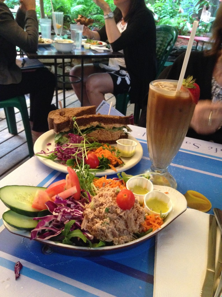 Iced Coffee & Lunch at Cafe Santropol - heavenly!